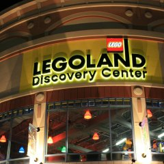 LegoLand Discovery Center Curved Channel Letters with Banners at Night.jpg