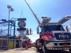 Wonder Wheel Removal 2