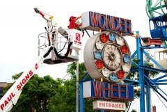 Wonder Wheel 1