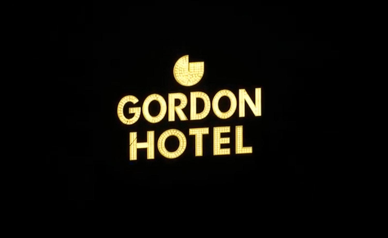 GordonHotelLitSign01_0.png